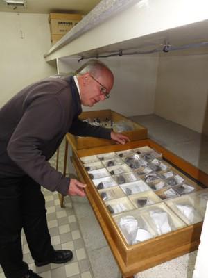 Meteorite Repository03